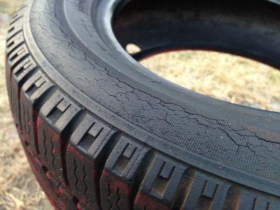 Medir la presión en los neumáticos