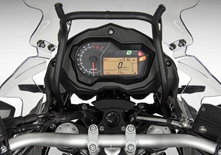 Ficha técnica y precios de la moto Benelli TRK 502