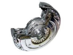 Volante bimasa: ¿qué pasa si se rompe y por qué cuesta tanto su reparación?